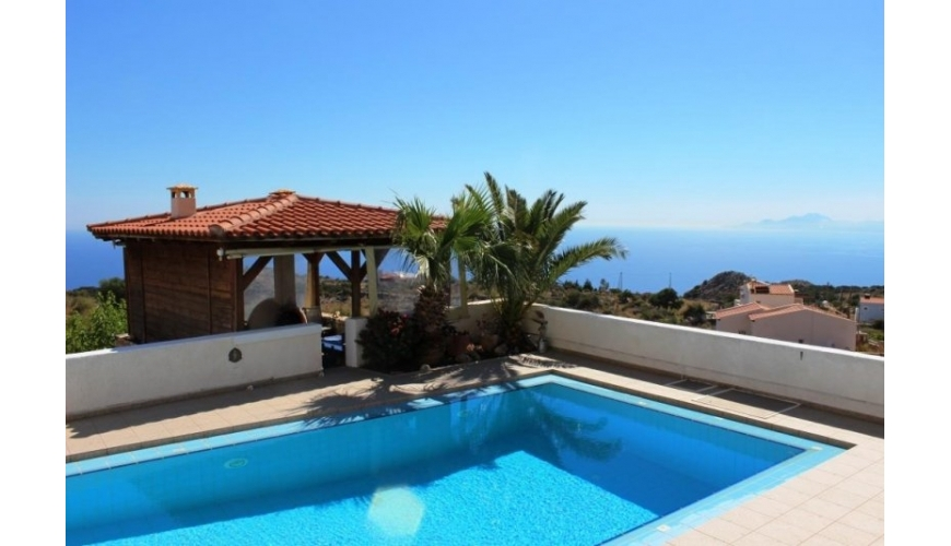 DC-556 3 Bedroom Villa and Pool in Kefalas Priced at E350,000