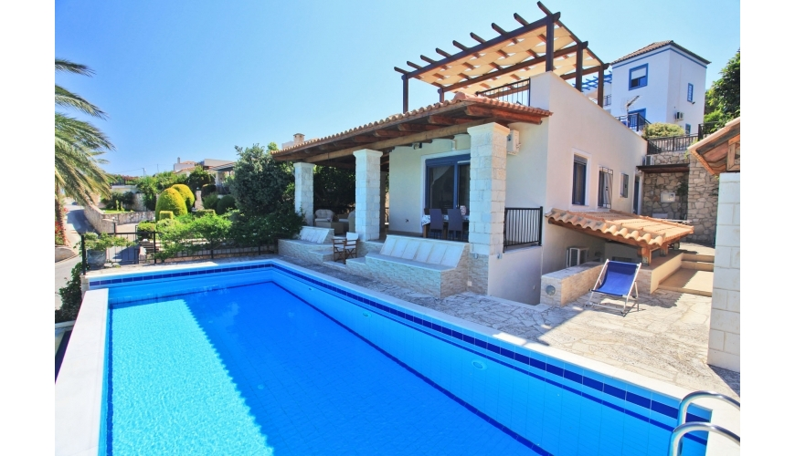 DC-569 Exclusive 4 Bedroom Villa and Pool in Kera  €369,000