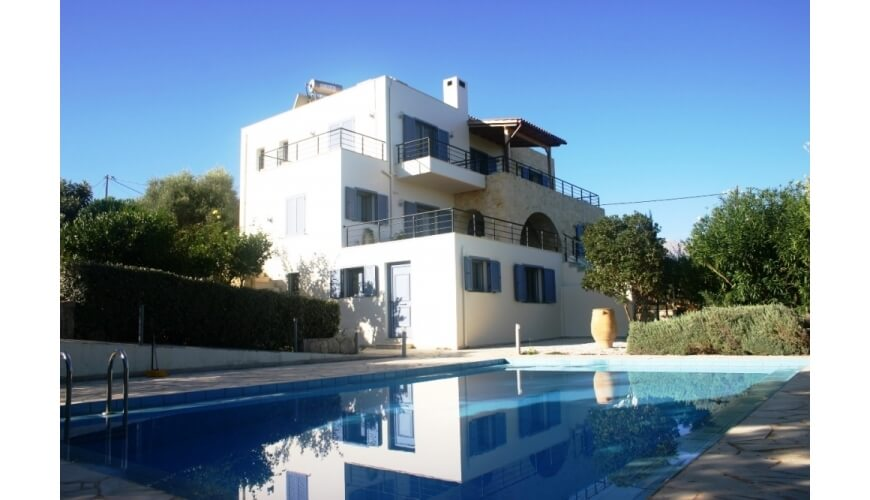 DC-592 Private Villa and Pool in Vamos €480,000