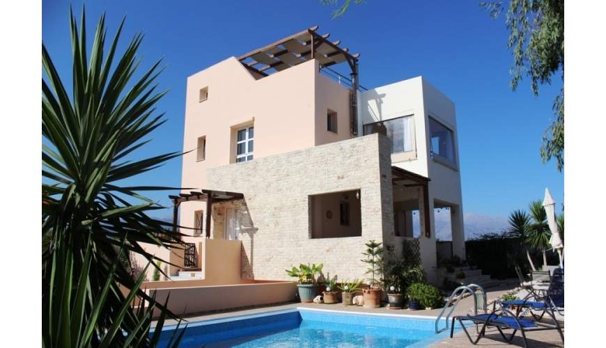 DC-633 Villa and Private Pool in Litsarda €235,000