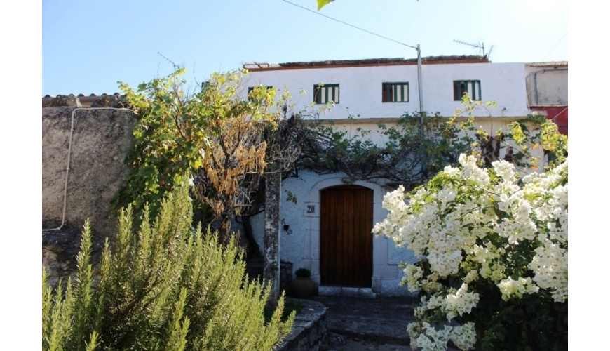 DC-638 Renovated Xirosterni Villa - Just €130,000