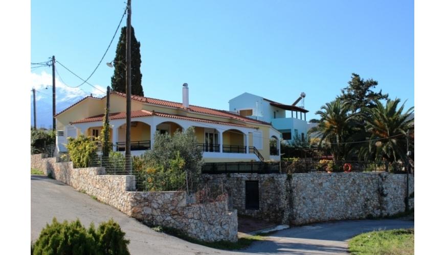 DC-648 3 Bedroom Villa & Pool in Neo Chorio €415,000