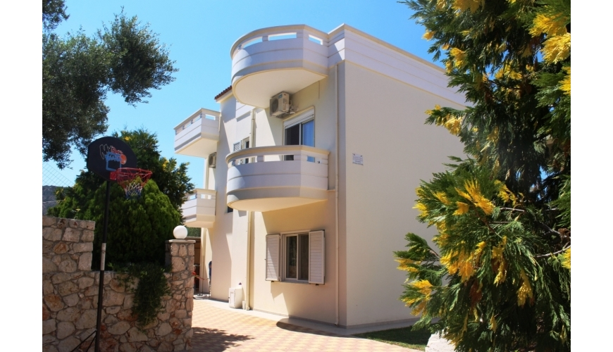 DC-655 3 Bedroom Villa Near Kalyves Beach €395,000