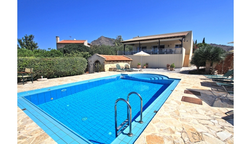 DC-662 Luxury Villa, 4 Beds and Pool in Kambia €695,000