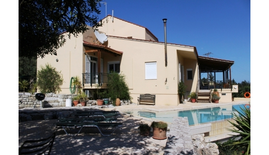 DC-670 3 Bed Country Villa and Pool in Fres €385,000