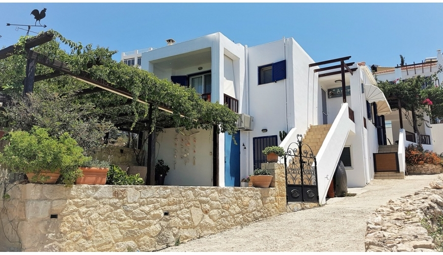 DC-676 Stunning 3 Bedroom Rental Property in Plaka - OFFER ACCEPTED