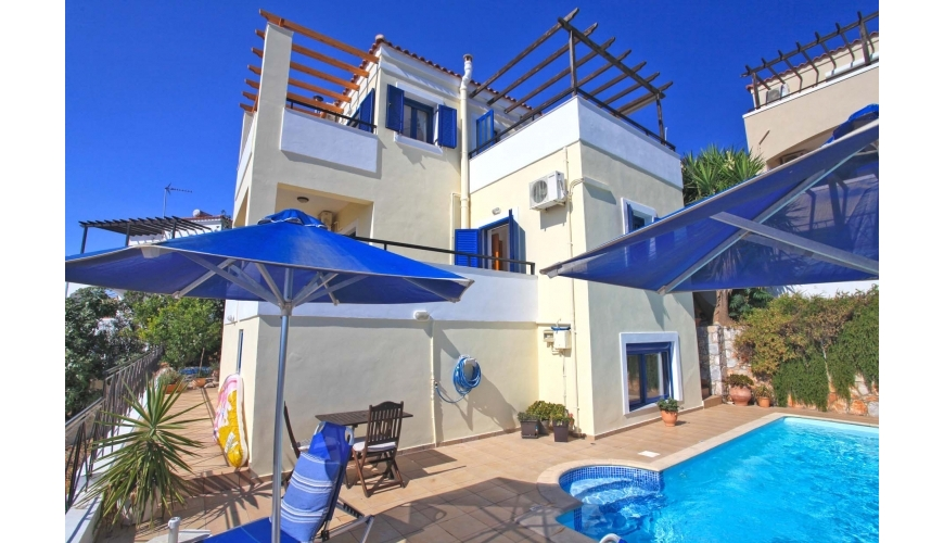 DC-678 4 Bed Villa and Pool in Kefalas OFFER ACCEPTED