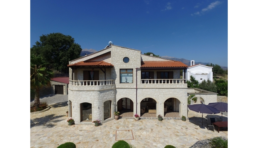 DC-685 - Exclusive Villa in Filipos - €1,200,000