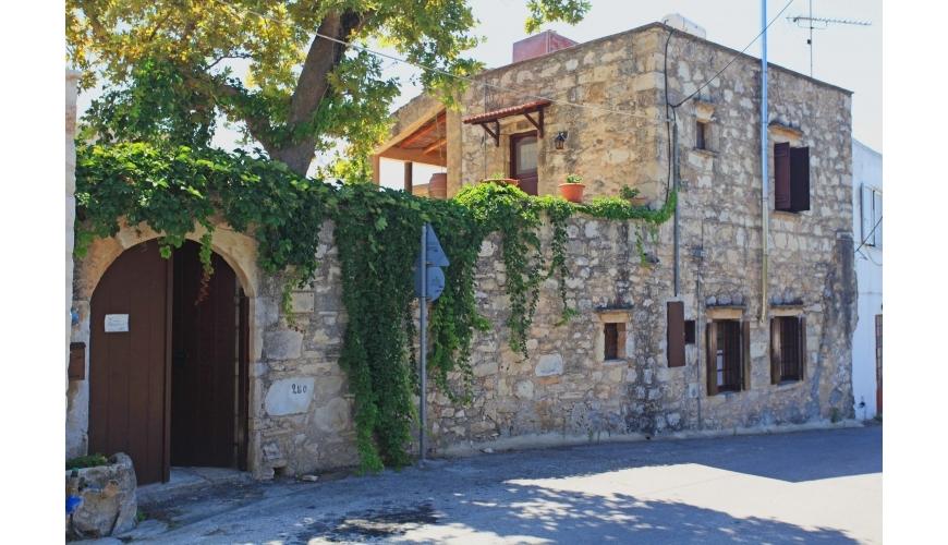 DC-692 - Traditional Stone Villa in Gavalohori - €280,000