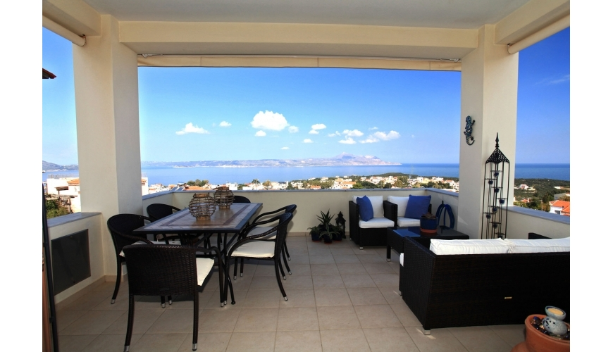 DC-710 4 Bed Villa and Pool in Plaka €265,000