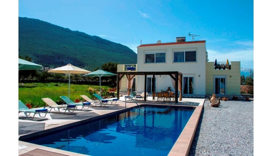 DC-711 Luxury Villa and Pool in Kokkino Chorio €595,000