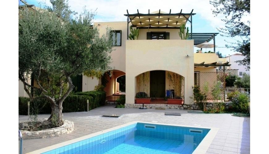 DC-712 Apartment and Pool in Gavalahori €89,000