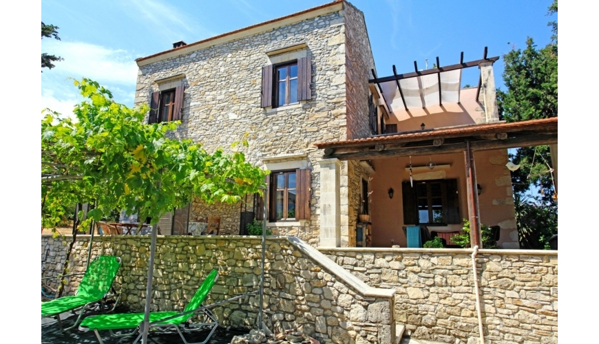 DC-730 Beautifully Renovated Villa in Aspro €385,000