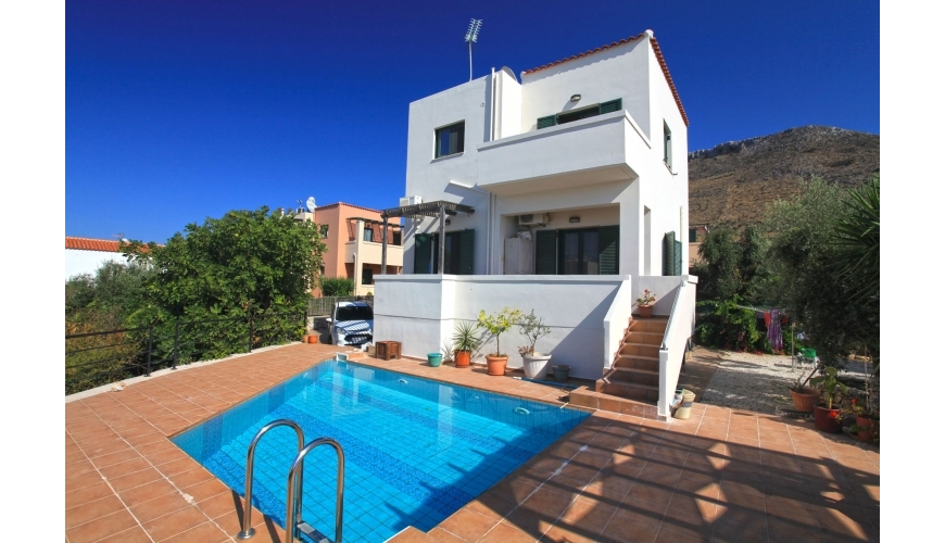 DC-739 3 Bed Villa with Private Pool in Kokkino Horio €235,000