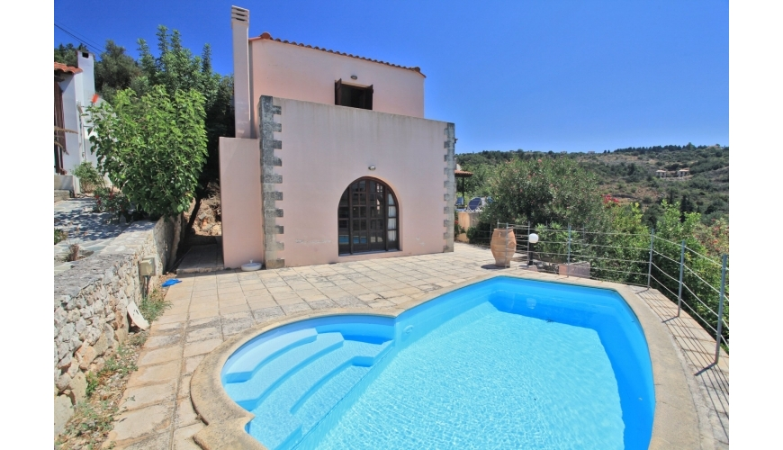 DC-740 2 Bed Villa With Pool in Gavalahori €169,000