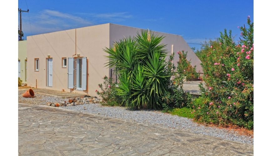 DC-748 Two Bed Villa With Shared Pool In Drapanos €89,000