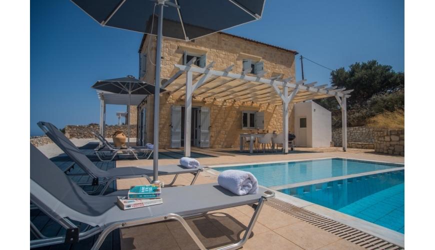 DC-752 Stunning Stone 3 Bed Villa & Pool in Kokkino Chorio €350,000
