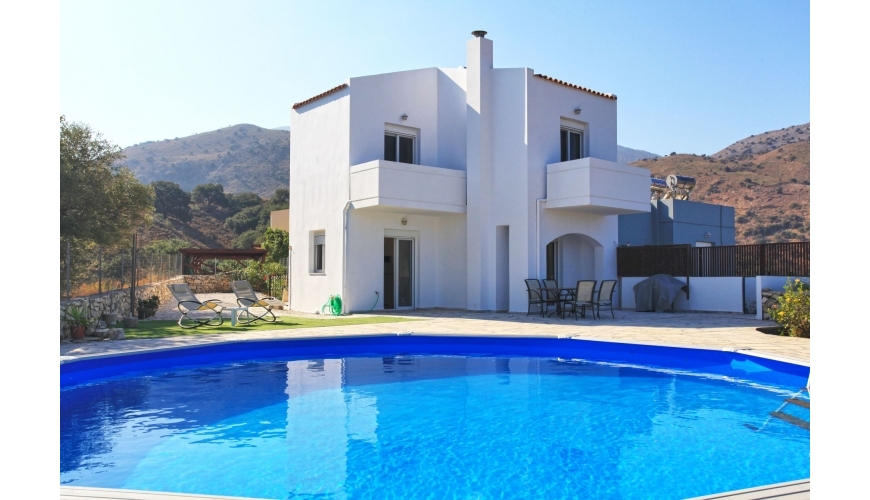 DC-760 2 Bed Villa and Pool with stunning sea views in Mathes €229,000