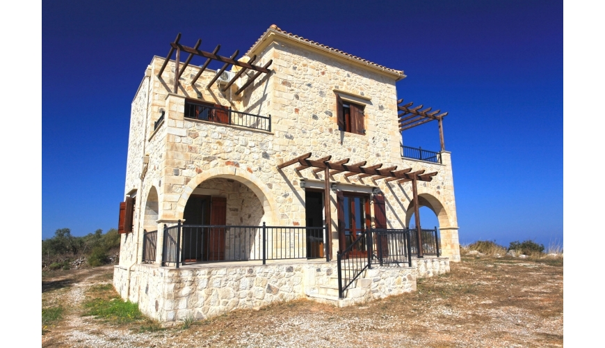 DC 761 3-Bed Stone Villa with Sea Views in Kefalas €269,000