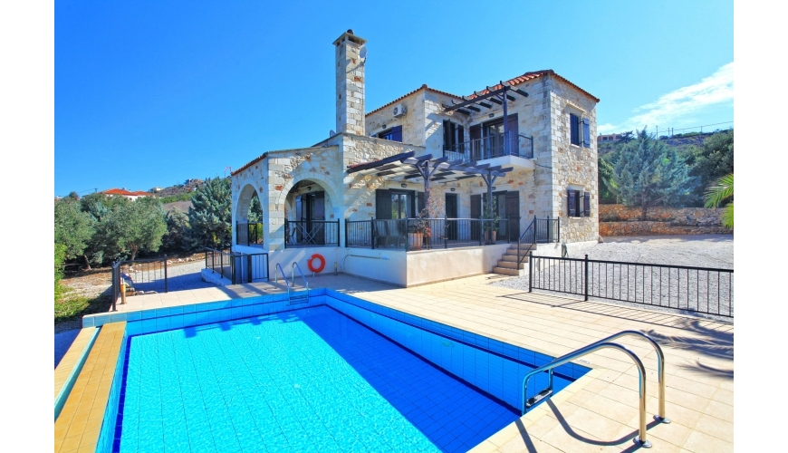 DC-768 3 Bed Stone Villa and Pool in Kokkino Chorio €320,000