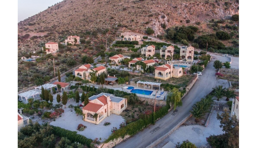DC-774 Successful Property Rental Business In Kokkino Chorio €2,100,000
