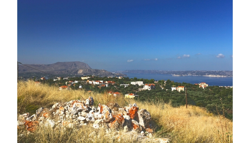 DCP-250 Plot with stunning views over Souda Bay - €220,000