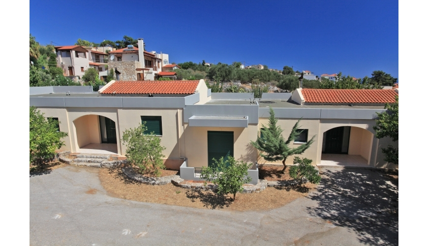 DC-781 3 Bed Bungalows in Kefalas €220,000