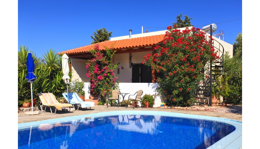 DC-783 2 Bed Villa and Pool in Drapanos €108,000