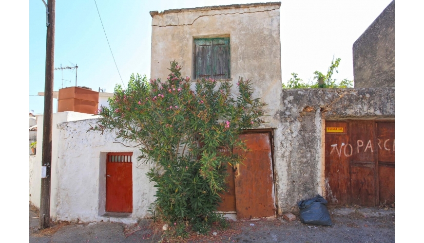 DCR-213 Renovation Project in Kokkino Chorio just €40,000