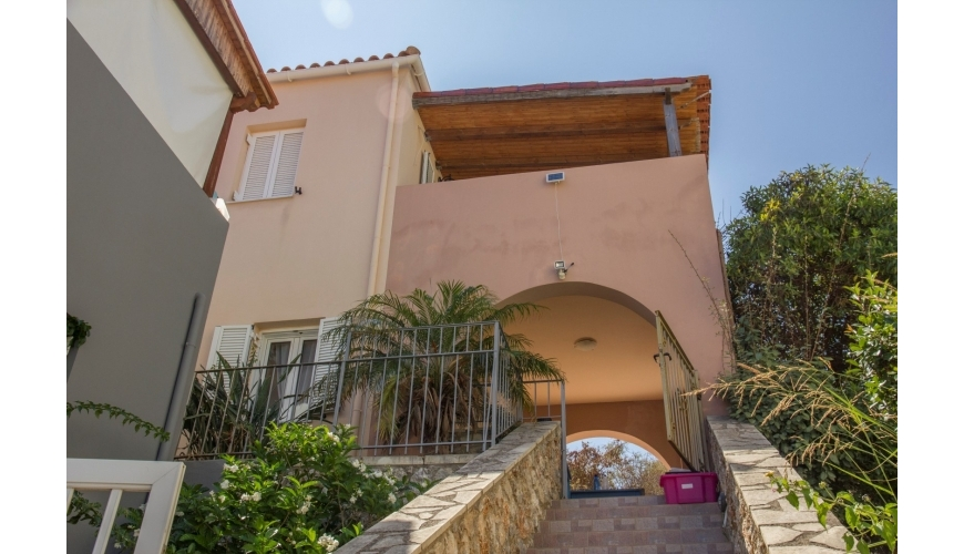 DC-806 2 Bed House in Plaka - now just €120,000