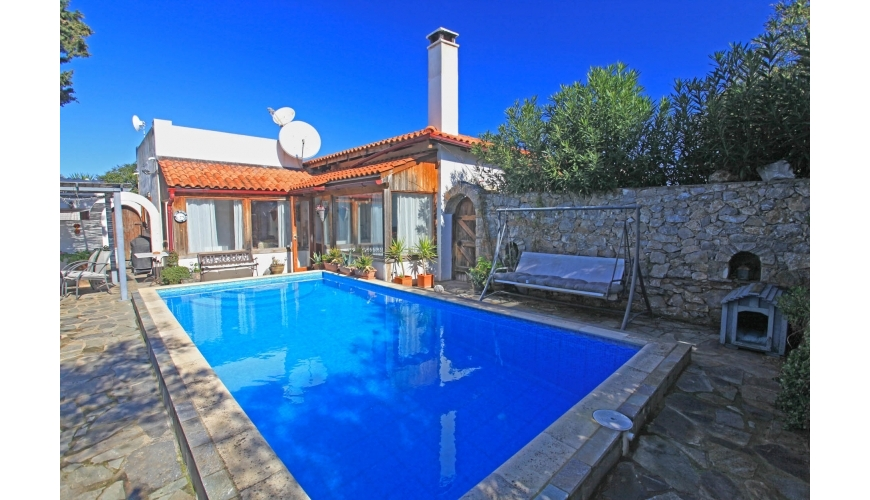 DC-796 3 Bedroom Villa and Private Pool in Paleloni €275000