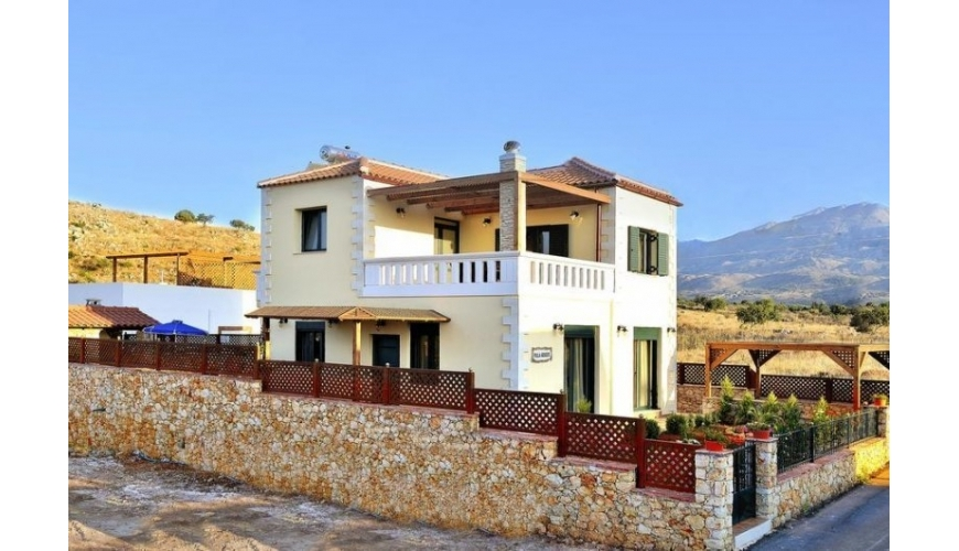 DC-905 Stunning 3 Bed Villa with Private Pool in Neo Chorio €330,000