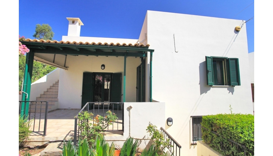 DC-915 2 Bed Detached Villa in Plaka €135,000  - Offer Accepted
