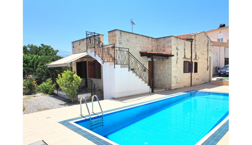 DC-917 Stone Villa in Kalyves with shared pool €240,000