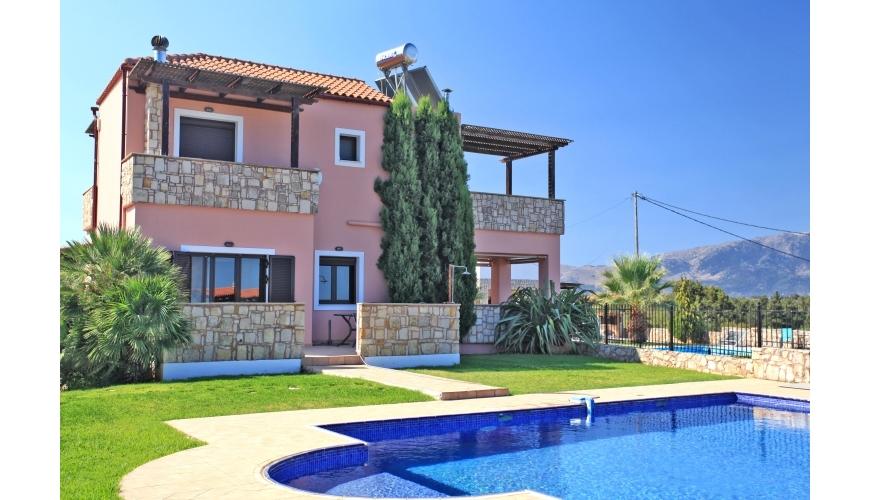 DC-923 3 Bed Villa and Private Pool in Xirosterni €349,000