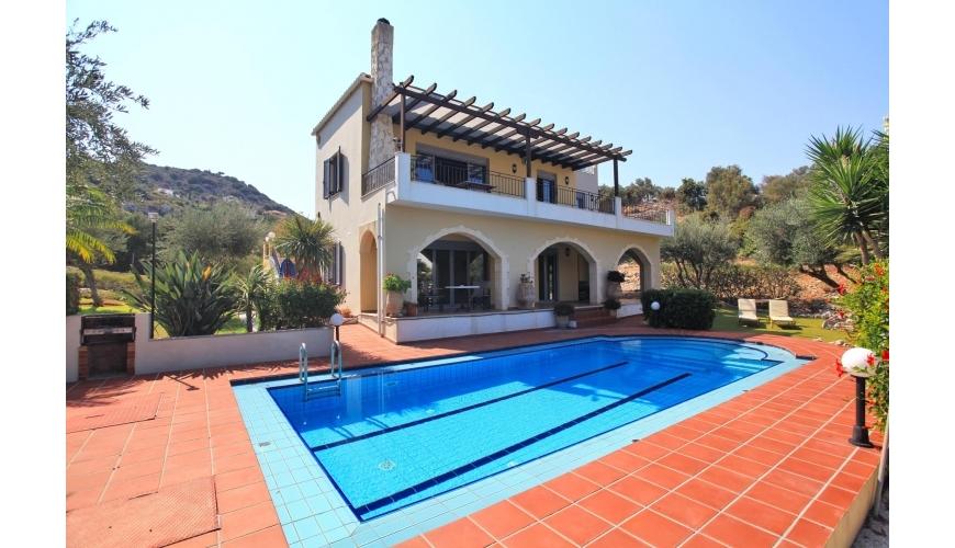 DC-925 6 Bedroom Villa with Private Pool in Almyrida - €695,000