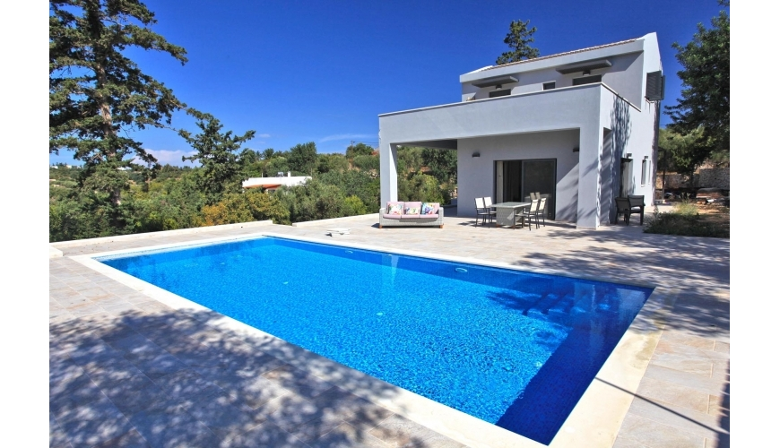 DC-934 Stunning Luxury Villa, Guest House and Pool in Gavalohori €740,000