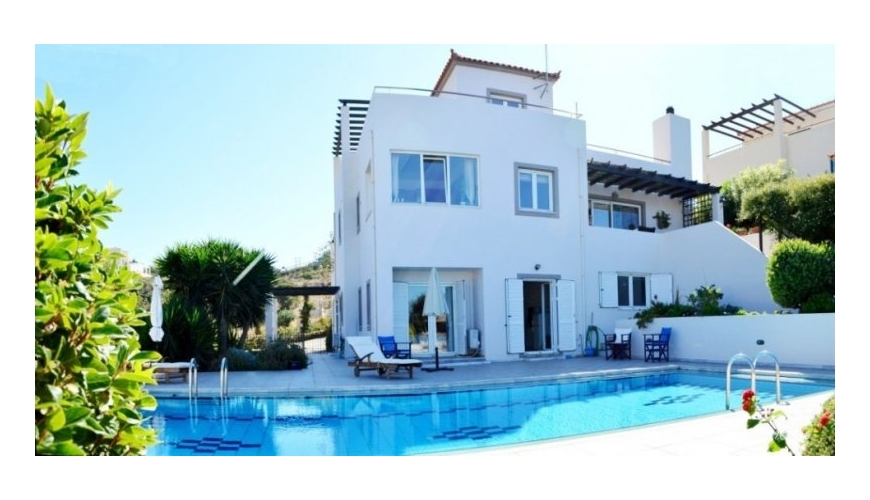 DC-425 Luxury 4/5 Bed Villa in Plaka €450000