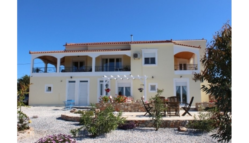 DC-488 4 Bed Villa on large plot in Xirosterni Just €385,000
