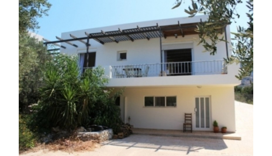 DC-508 3 bed Kambia Villa with Apartment. Priced at €220,000
