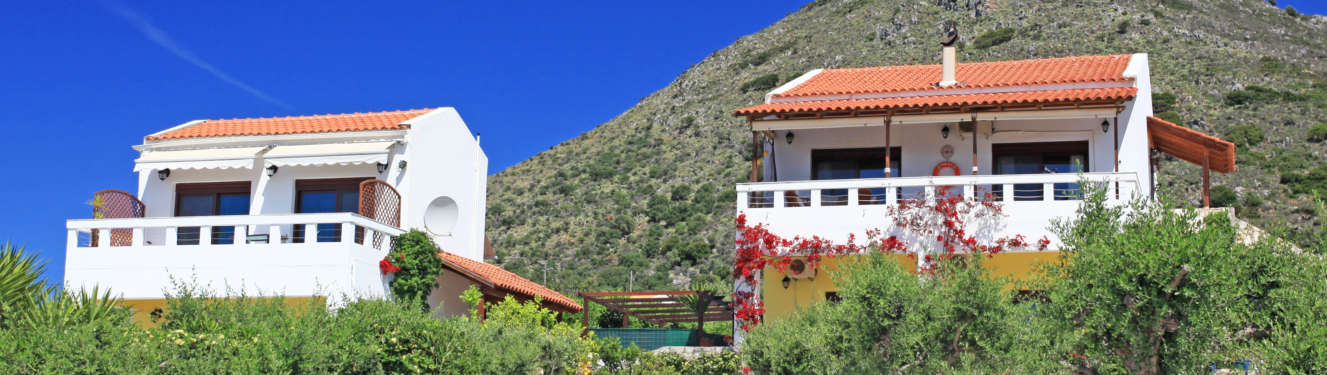 2 Bed Villa with Pool and Seperate Guest House in Kambia €495,000